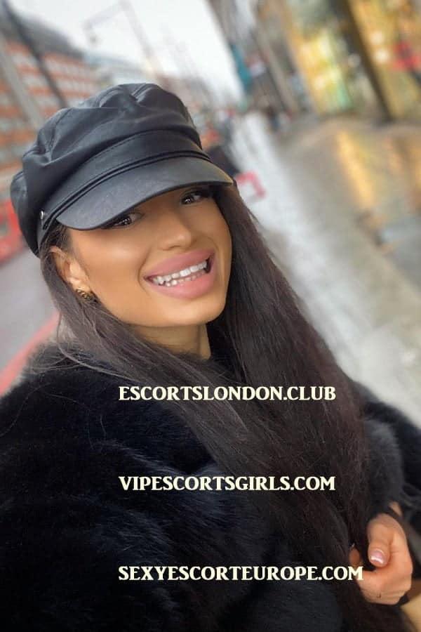 London Cinderella Escort 1